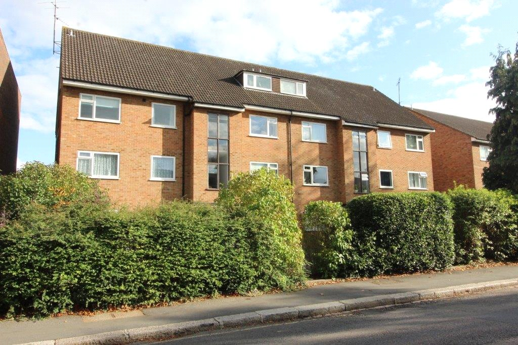Eastbury Court, 37 Lyonsdown Road