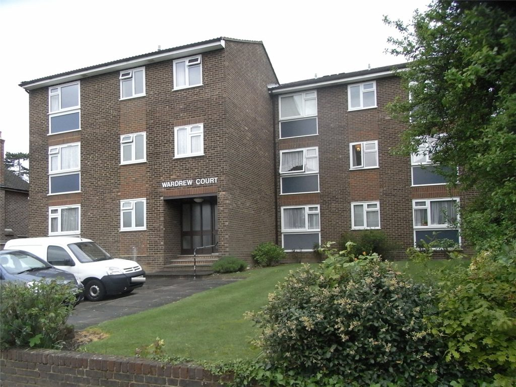 Wardrew Court, 36 Lyonsdown Road